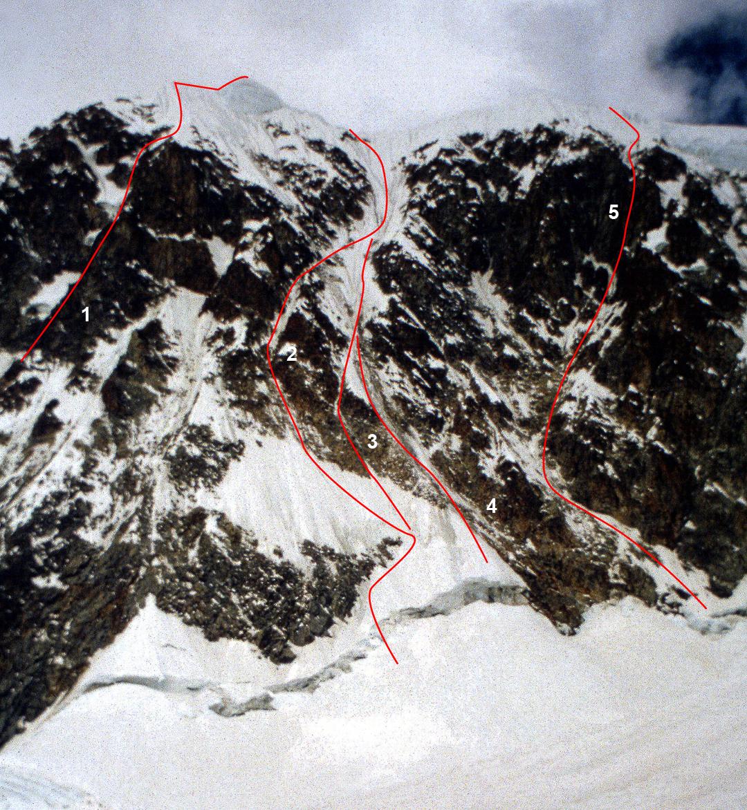 The central section of Illampu's west face, seen in 1997. (1) Nada Mañana (1991). (2) Koroska Smer (1986). (3) Chinnery-Schweizer (1997). (4) Central Couloir Direct Start (1990). (5) Alpos Secret (1991).