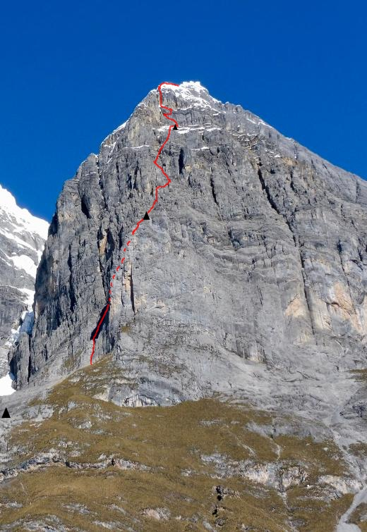 The route line of Chanchos y Chacras (1,000m, 6c M4 + 65°), up the northeast face of Jurau A (5,640m). The route did not reach the summit.