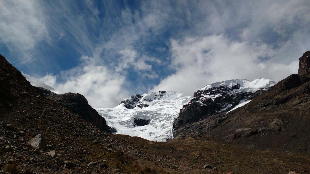 The south face of Nevado Huayllaco from Quebrada Huayllaco.