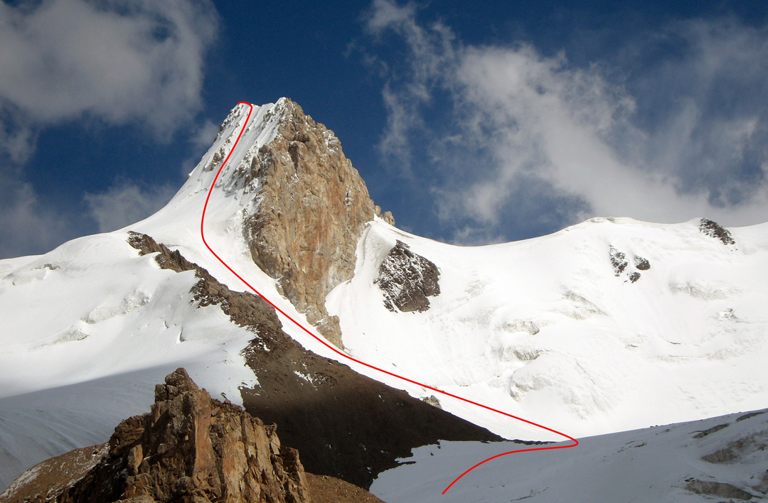 Pik Ushat and the route of ascent on the north face.