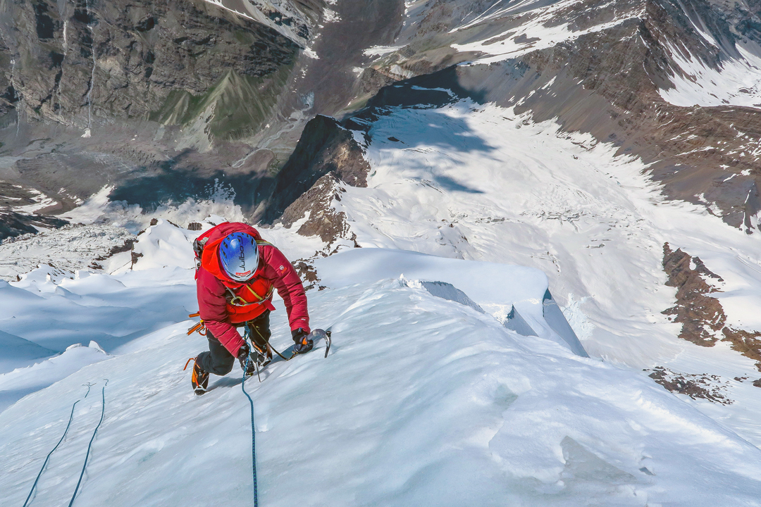 Danny Schoch climbing ice on the summit ridge of Kachqiant.