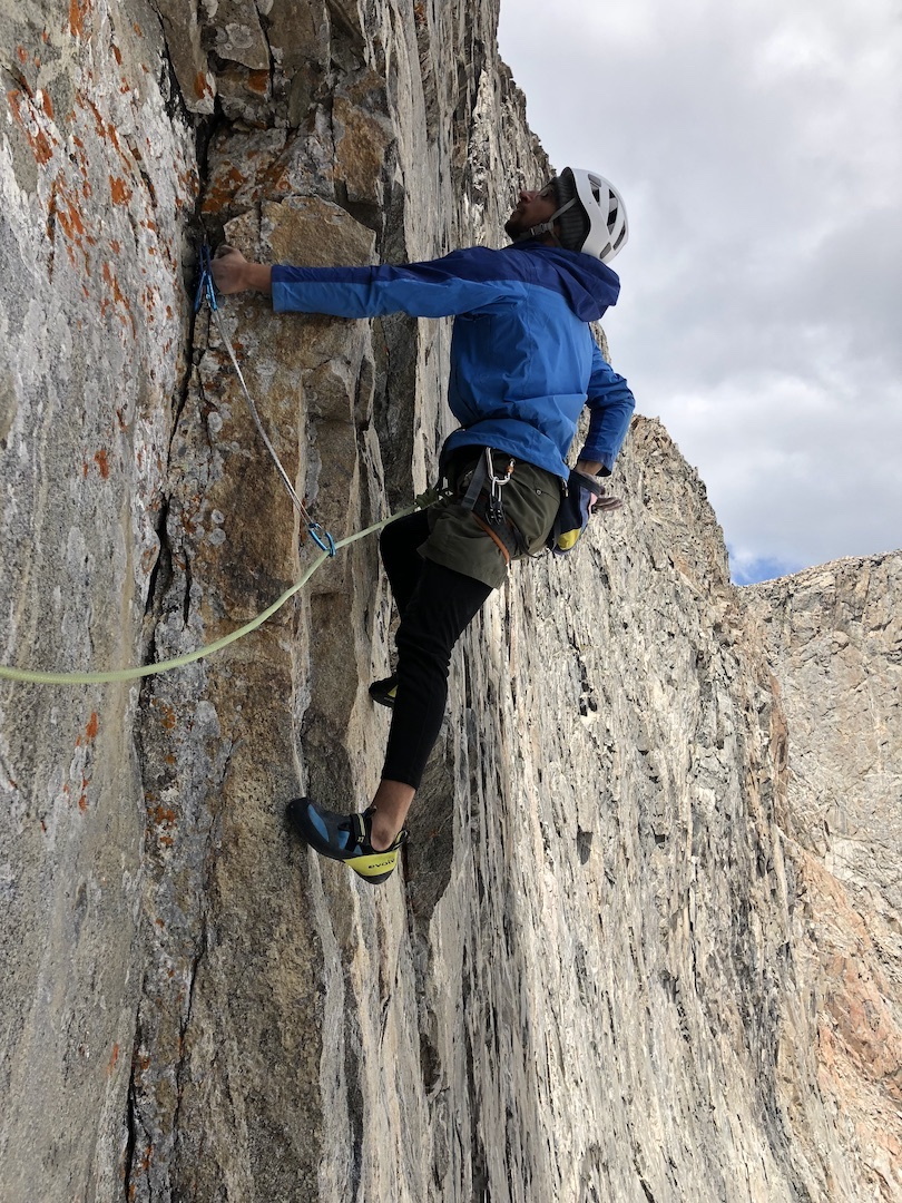 Taimur Ahmad beginning the crux pitch of In Honor of Crazy Horse (1,200', IV 5.12a) during the successful redpoint of the route in 2018.