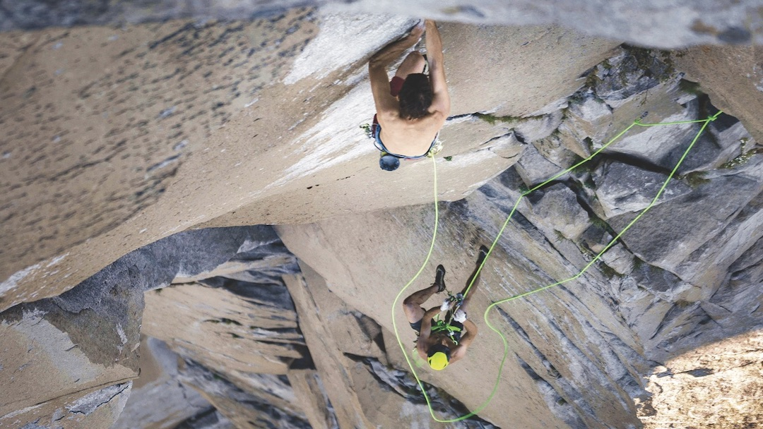 Alex Honnold in the lead, with the rope short-fixed to an anchor below and Tommy Caldwell jugging behind, during the final speed ascent before their 1:58:07 ascent of the Nose on El Capitan.