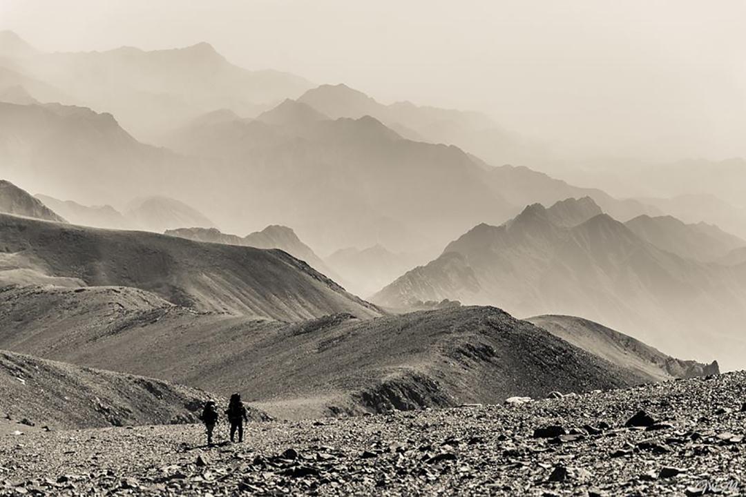 Traversing a low area near Cerro Overo during the Famatina traverse.