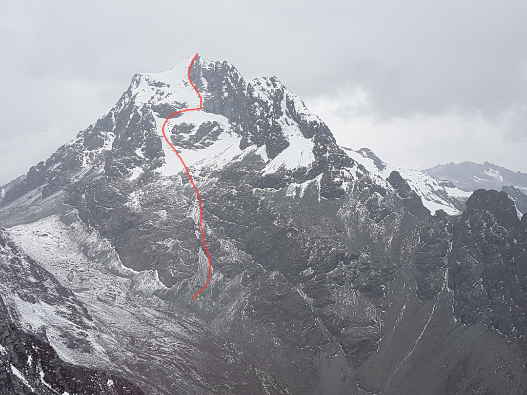 The solo new route on the northeast face of Rajuntay (5,477m) climbed in May 2018.