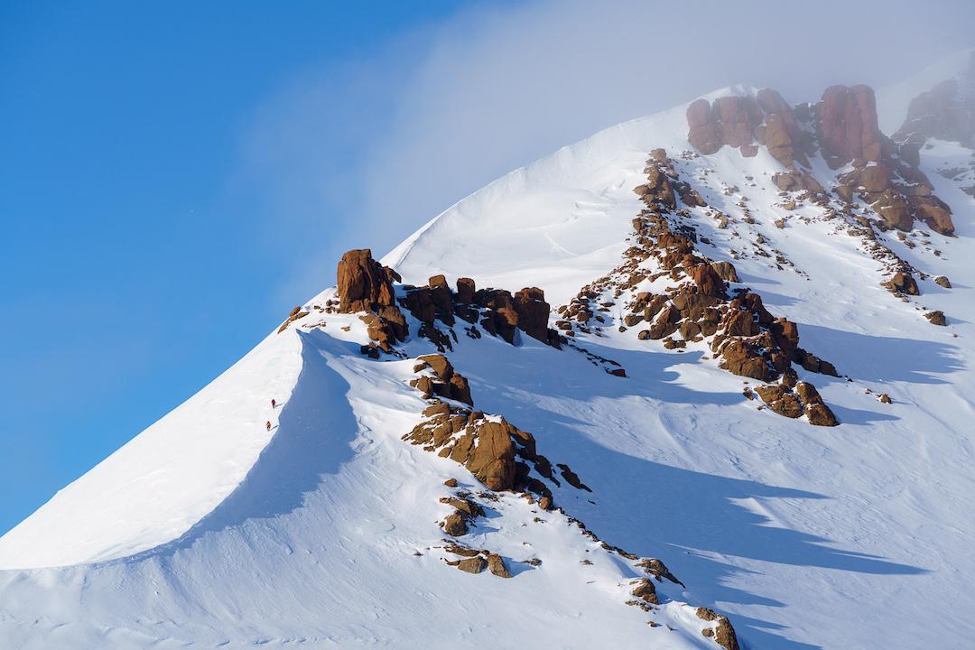 Climbing the west ridge of Brocken Spectre Peak.