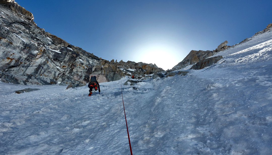 Malcolm Bass (lower) and Paul Figg (belaying) on ice pitches below the south-southwest ridge of Janhukot.