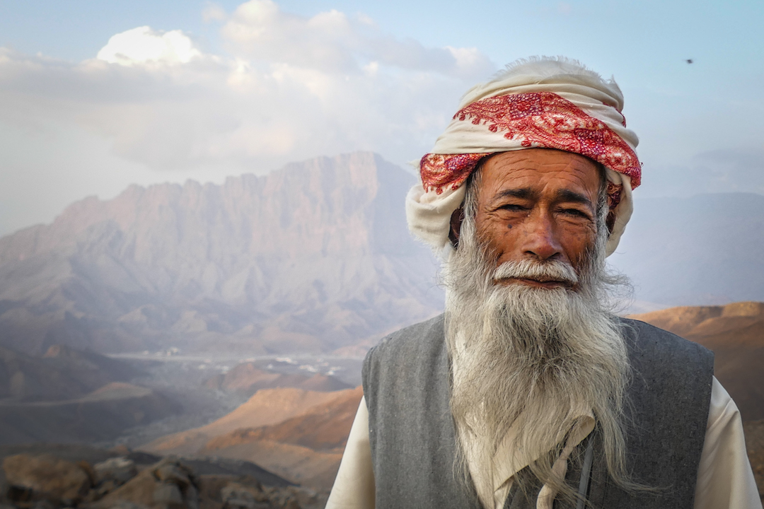 A generous man living in Al Kumeira who offered the team dates and other forms of hospitality.