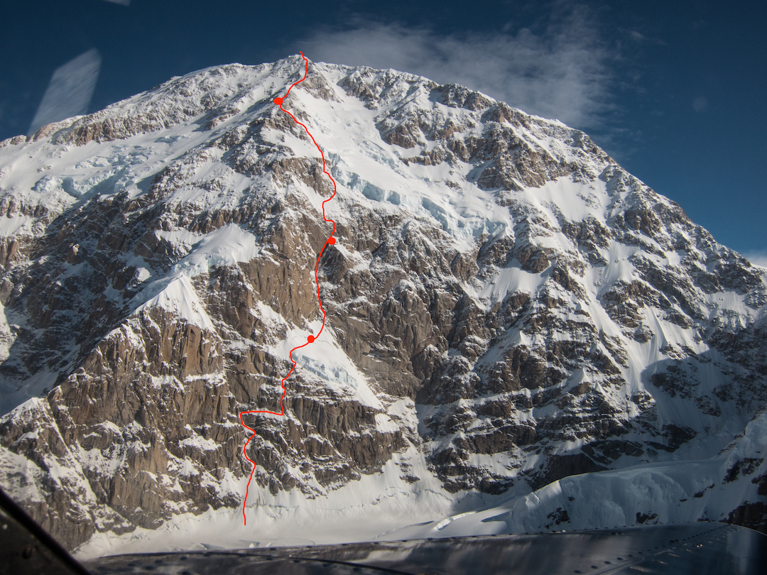 The Slovak Direct (Adam-Korl-Križo, 1984) ascends about 2,700 meters on Denali's south face, finishing on the Cassin Ridge. The Astorga-Chase bivouacs are marked.