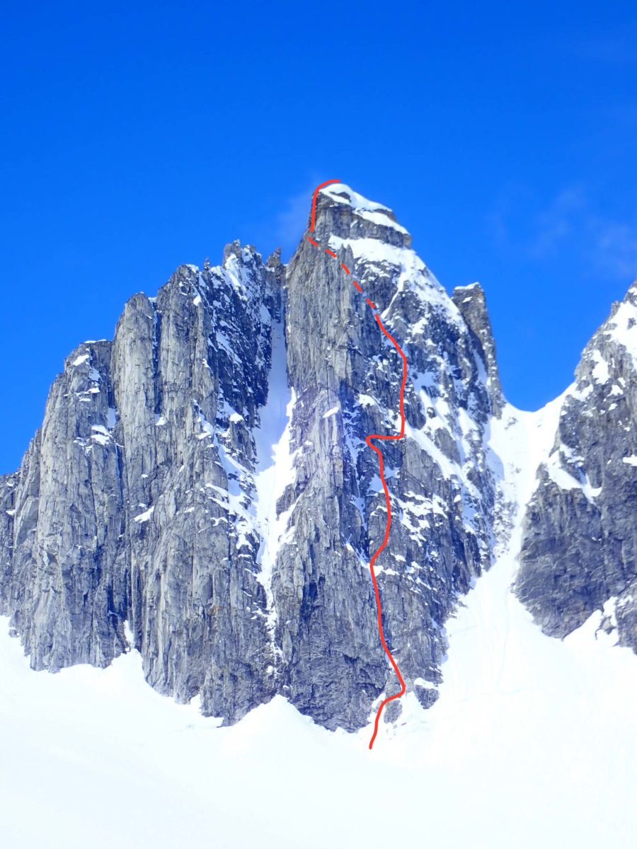 The Harrington-North route (500m, 5.10b M5+ 85°) on the northeast face of South Duke.